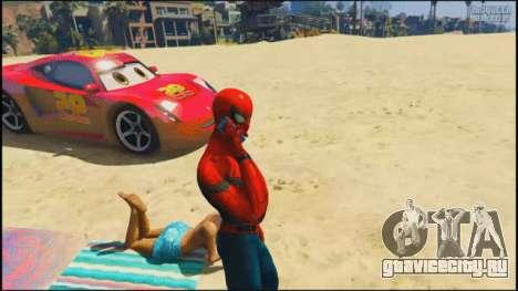 Человек паук на пляже в GTA 5