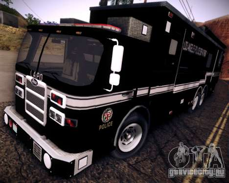 Pierce Contendor LAPD SWAT для GTA San Andreas вид сзади слева