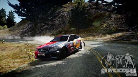 Mercedes Benz C63 AMG SAIBON Paint Job для GTA 4 вид слева
