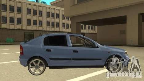 Opel Astra G Stock для GTA San Andreas вид сзади слева