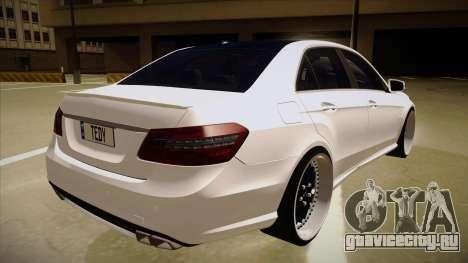 Mercedes-Benz E63 6.3 AMG Tedy для GTA San Andreas вид справа