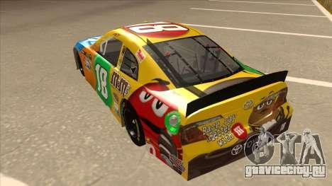 Toyota Camry NASCAR No. 18 MandMs для GTA San Andreas вид сзади