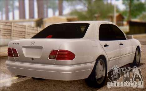 Mercedes-Benz E420 v2.0 для GTA San Andreas вид сзади слева