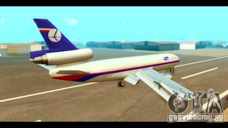 DC-10-30 PLL LOT для GTA San Andreas вид слева