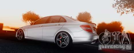 Mercedes-Benz C63 AMG 2013 для GTA San Andreas вид сбоку