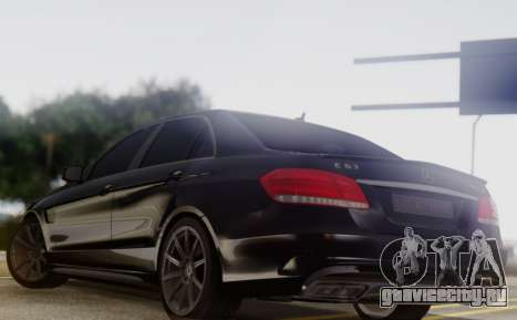 Mercedes-Benz E63 AMG PML Edition для GTA San Andreas вид сзади слева