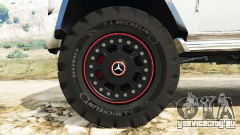 Mercedes-Benz G65 AMG 6x6 для GTA 5 руль и приборная панель