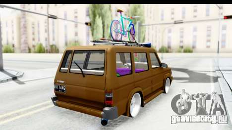 Toyota Kijang Grand Extra with Bike для GTA San Andreas вид слева