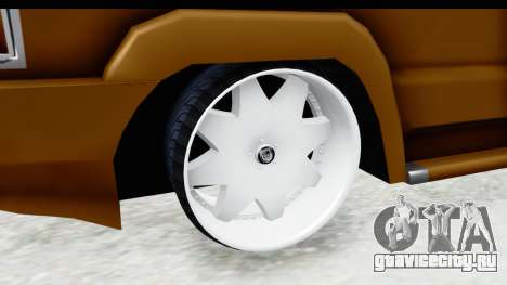 Toyota Kijang Grand Extra with Bike для GTA San Andreas вид сзади