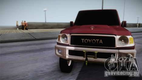 Toyota Land Cruiser 4 Puertas Original для GTA San Andreas вид сзади слева