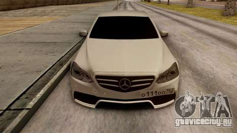 Mercedes-Benz E63 v.2 для GTA San Andreas салон