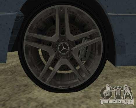 Mersedes-Benz E-500 Armenian для GTA San Andreas вид сзади слева