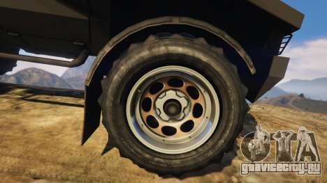 Punisher Unarmed Version для GTA 5 вид сзади справа