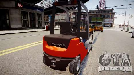 Toyota Forklift (v2.0) для GTA 4 вид сзади слева