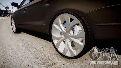Volkswagen Passat Variant R50 Dub для GTA 4 вид сзади