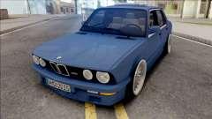 BMW M5 E28 Stance
